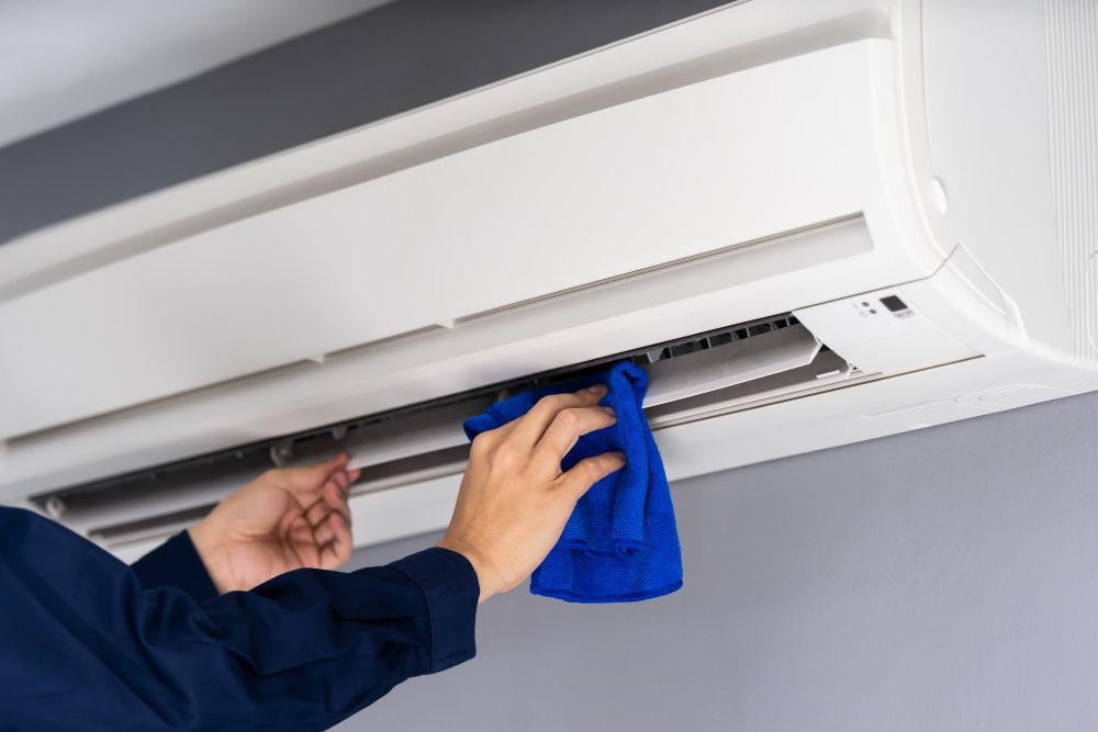 Reasons Why Water is Leaking or Dripping From Your Aircon and How to identify them